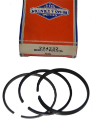 NOS Briggs & Stratton Piston Ring Set